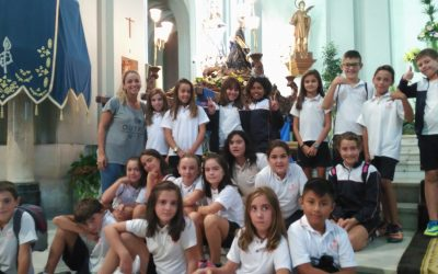 Los alumnos de Salesianos Juan XXIII visitan a la Virgen de los Lirios