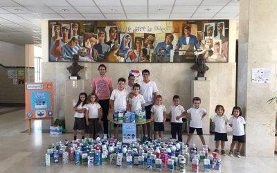 """Enorme éxito de la campaña de Caritas """"Somos la leche"""""""