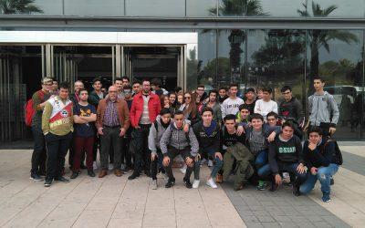 """Los alumnos de FPB Informática y CFGM Teleco visitan IFA para presenciar el """"Campeonato Autonómico de FP, CV SKILLS 2017"""