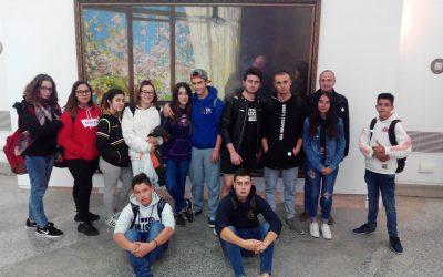 """Los estudiantes del primer curso de FP Básica de Servicios Comerciales han visitado la exposición """"Ferran Cabrera 150 anys"""""""