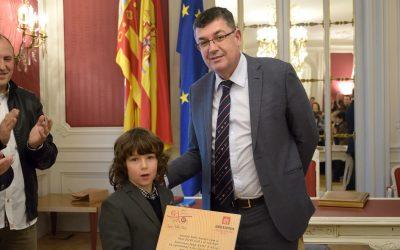 Sant Jordiet y sus compañeros en las Cortes Valencianas