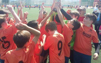 """L'Equip Aleví de futbol 8 subcampió del II Torneig Internacional de futbol base Vila de Cocentaina """"Memorial Juan Richart"""""""