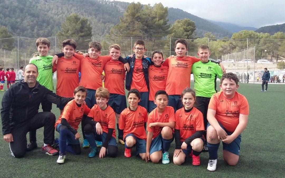 L'equip Aleví de Futbol 8 Campió de Copa als Jocs Esportius