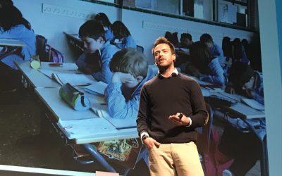 Víctor Rodríguez, tutor de 3º de primaria, presenta en el ItWorldEdu de Barcelona, su experiencia de éxito en la Plataforma Projectia de edebé