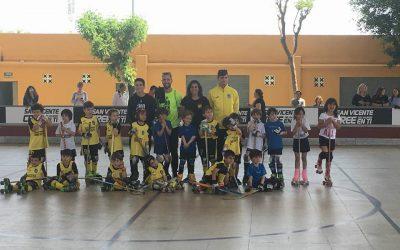 Torneo de hockey entre las escuelas del PAS Alcoy y el Raspeig