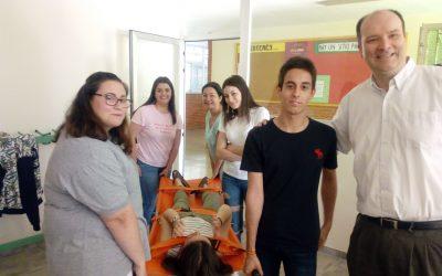 Los alumnos de FP practican las principales técnicas de primeros auxilios
