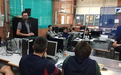 Juanjo López presenta un taller de Arduino