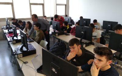 Taller de videojuegos + Internet de las cosas en la universidad de Alcoy