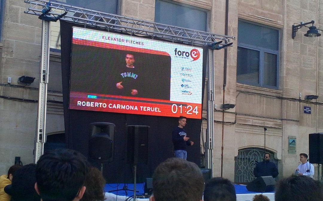 """Roberto Carmona, alumno del Juan 23, en el """"Elevator Pitch"""" de Alcoy"""