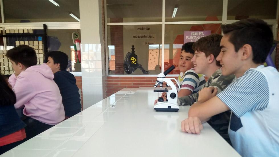 Salesianos Juan 23 une empresa y formación en sus especialidades de FP