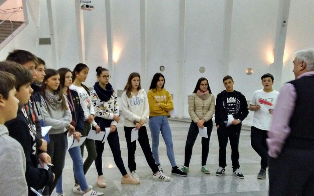 Secundaria visita la exposición «150 años de Ferran Cabrera»