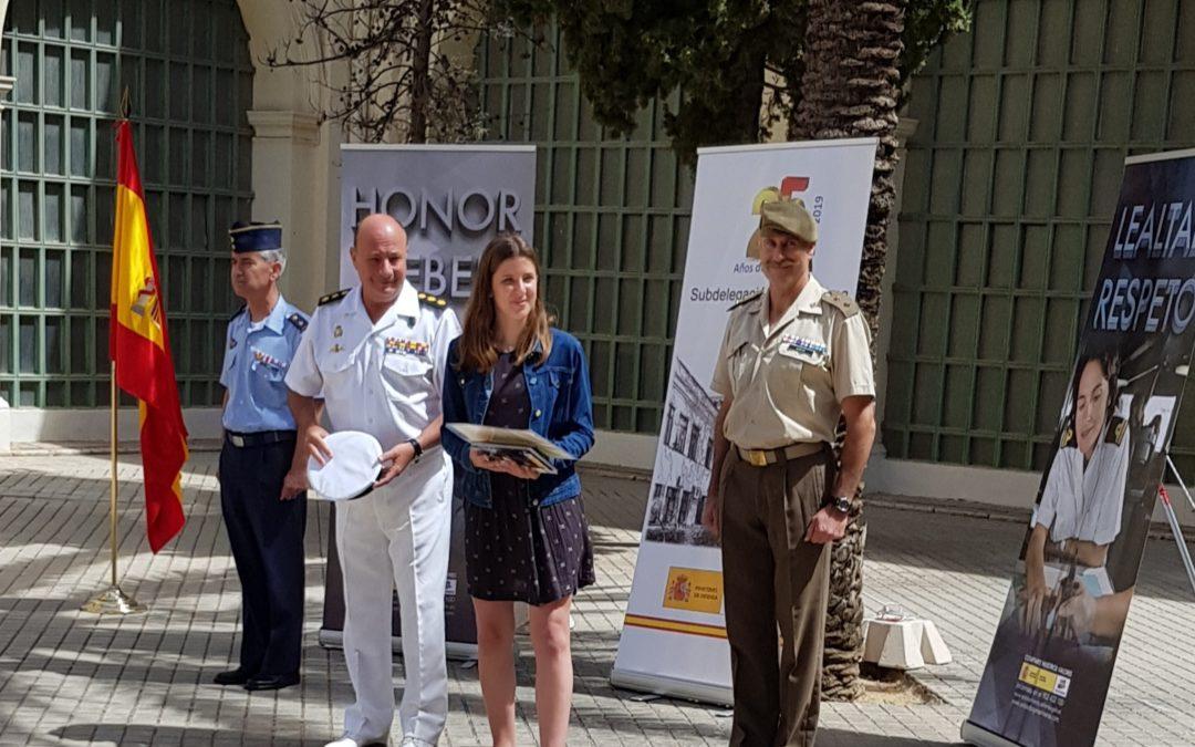 Concurso «Carta a una militar española»