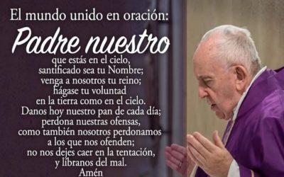Todos juntos rezando junto al Papa