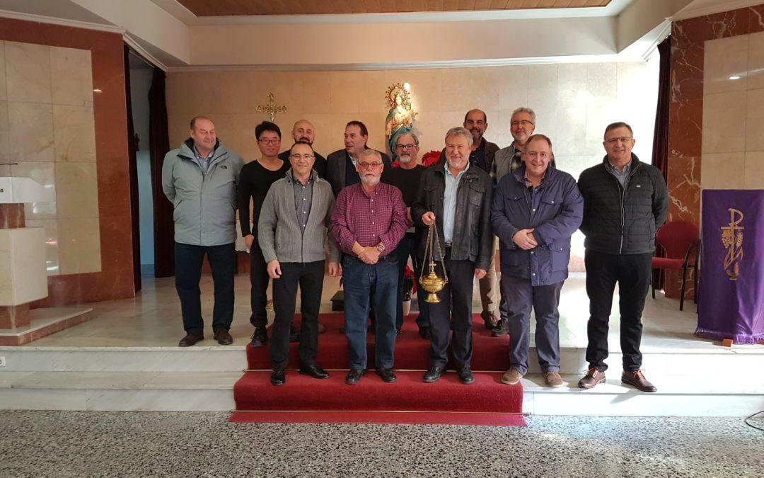Mossèn Torregrosa 2019 dona un incensario a la Parroquia